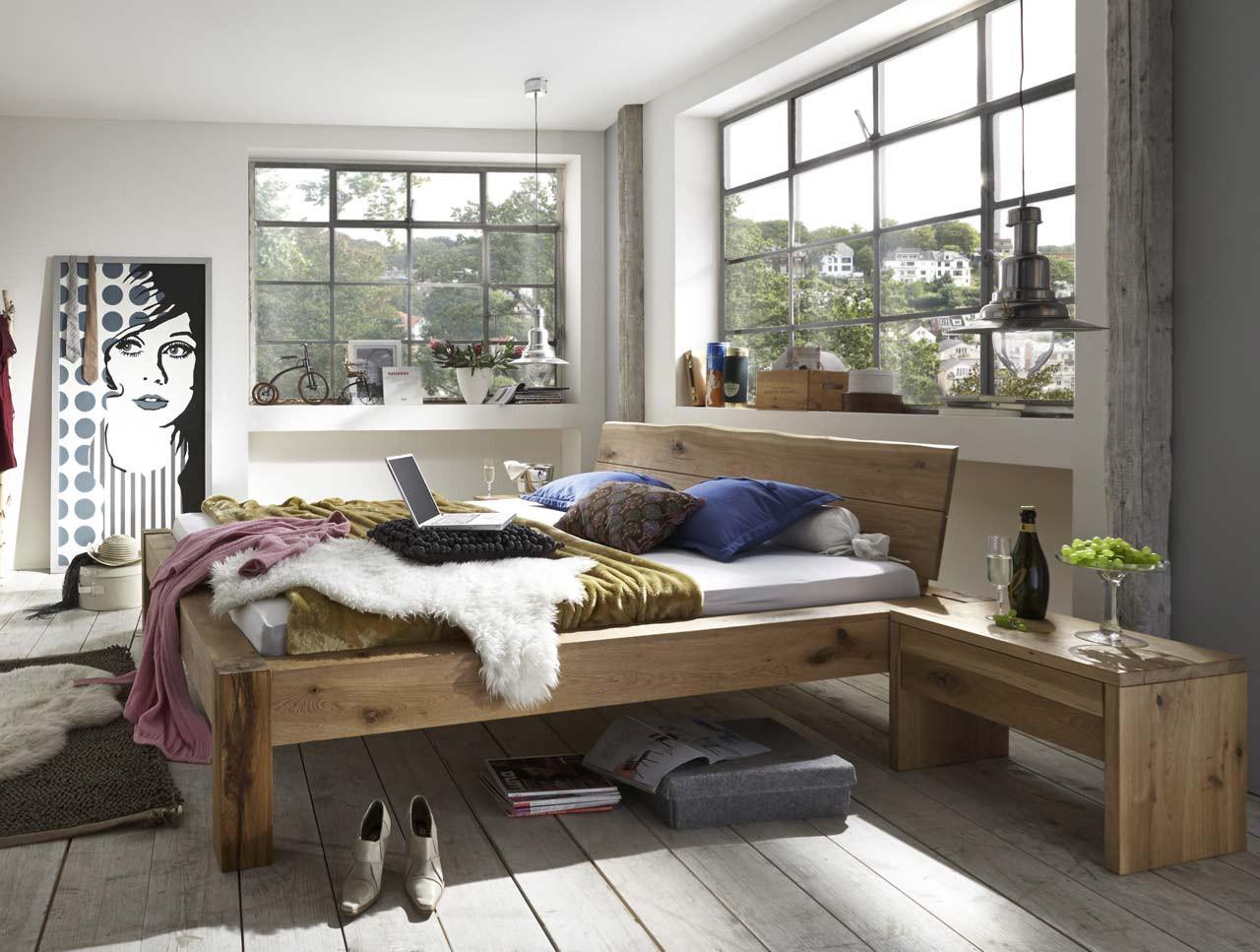 Massivholz Bett Baumkante 180x200