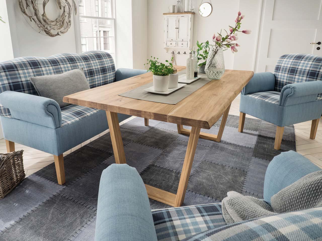 wildeiche esstisch mit nat rlicher baumkante 160x90 cm. Black Bedroom Furniture Sets. Home Design Ideas
